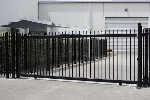What Are Automatic Driveway Gates
